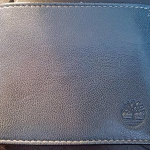 Timberland Men's Leather Wallet with Flip Pocket